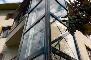 Aufzüge Für Behinderte Menschen: Lösungen Für Jedes Hindernis
